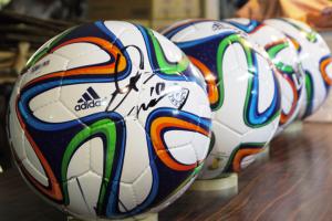 マリノスサッカーボールプレゼント