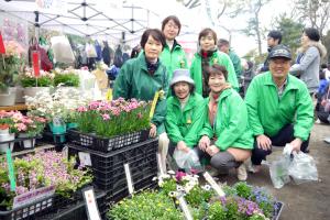横浜市緑の協会のマダムの皆さん