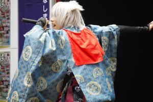 歌舞アーティスト「夜弓神楽狐之灯矢」さん