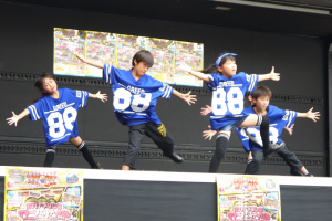 「綱島カルチャーセンター」小学生のダンス